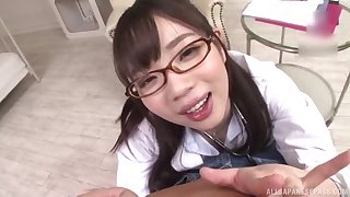 Japanese schoogirl kneels for play daddy before sliding to crammer